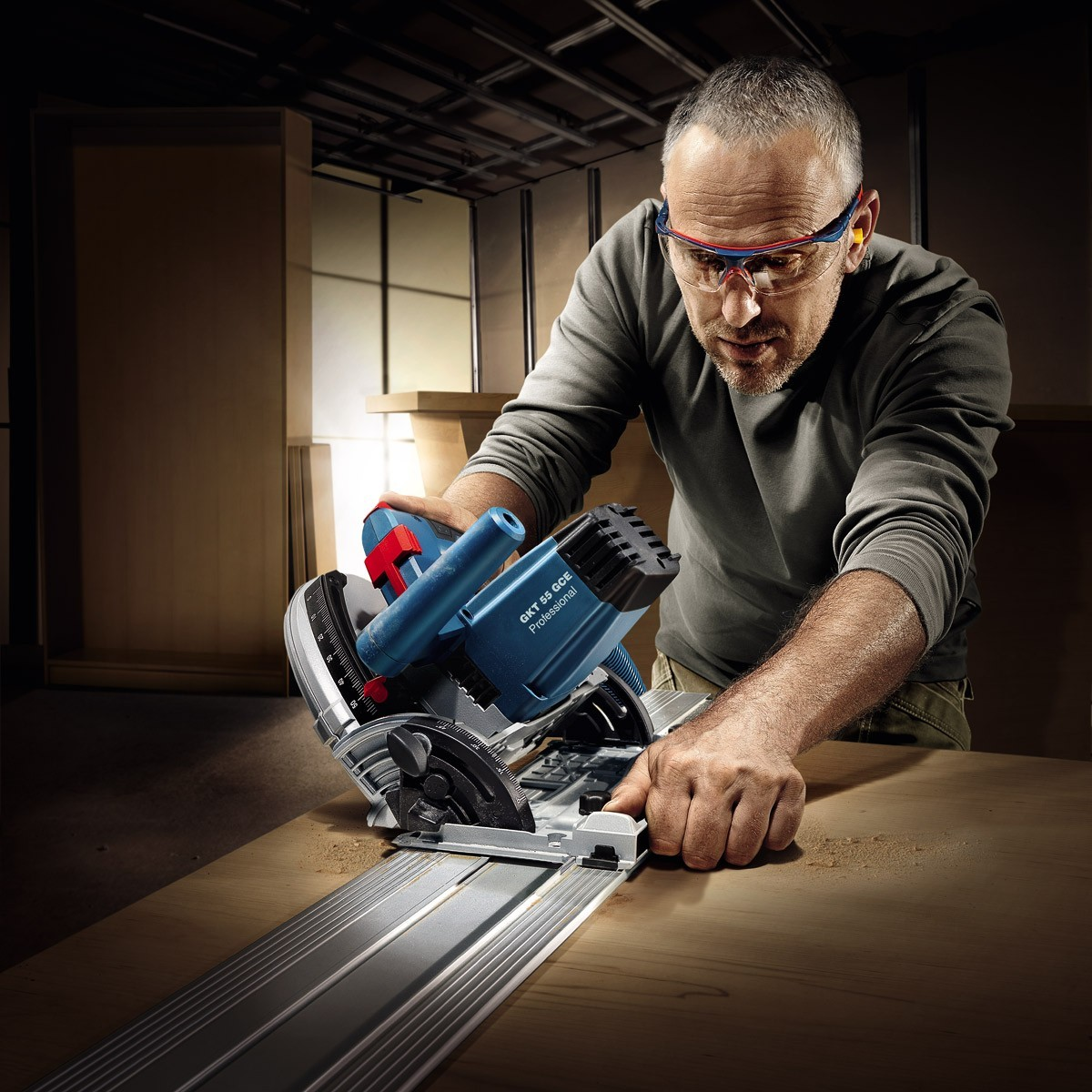 bosch gkt 55 gce 160mm 1400w plunge saw in l boxx powertool world. Black Bedroom Furniture Sets. Home Design Ideas
