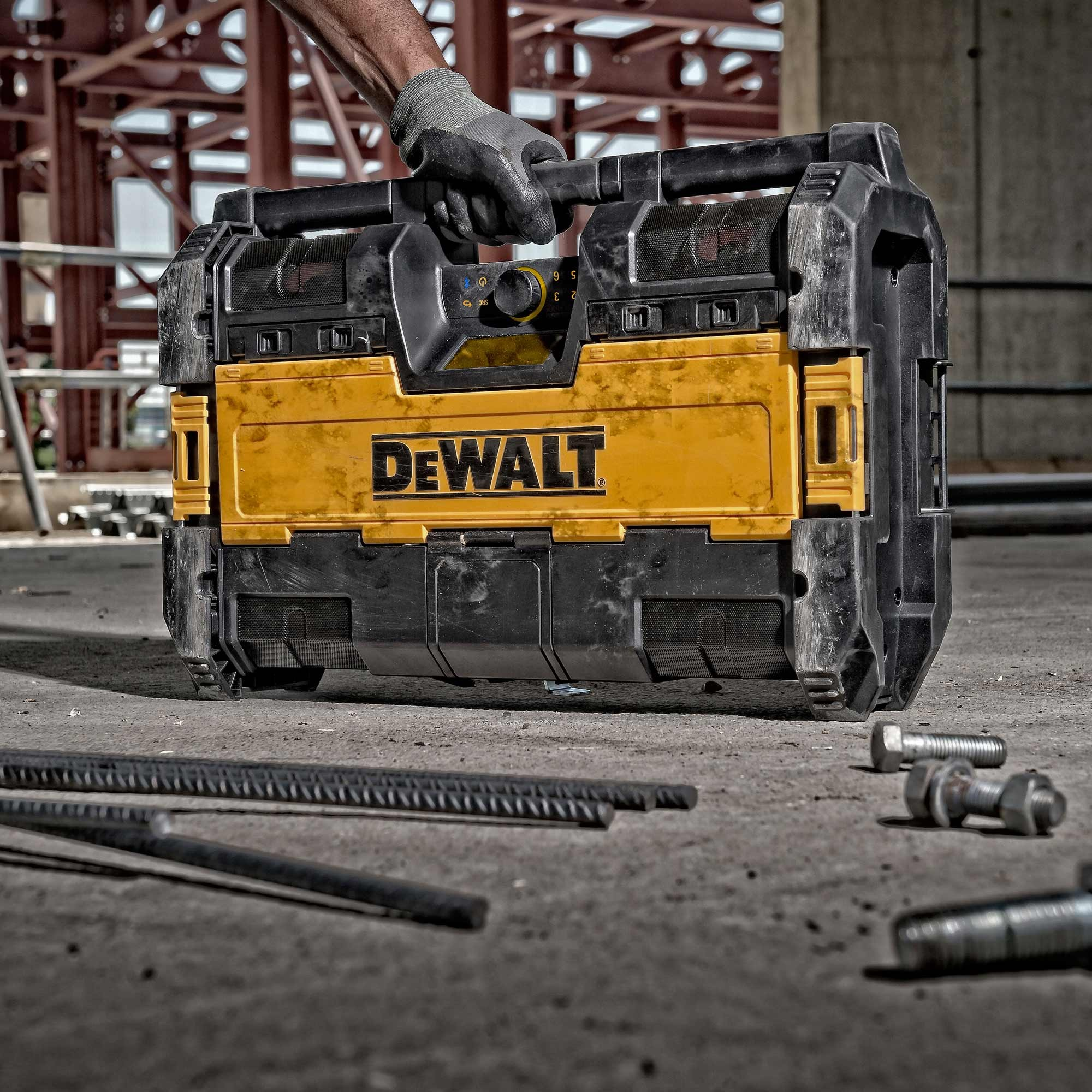 Dewalt Dwst1 75663 Tough System Dab Bluetooth Jobsite Radio Xr Battery Charger Powertool World