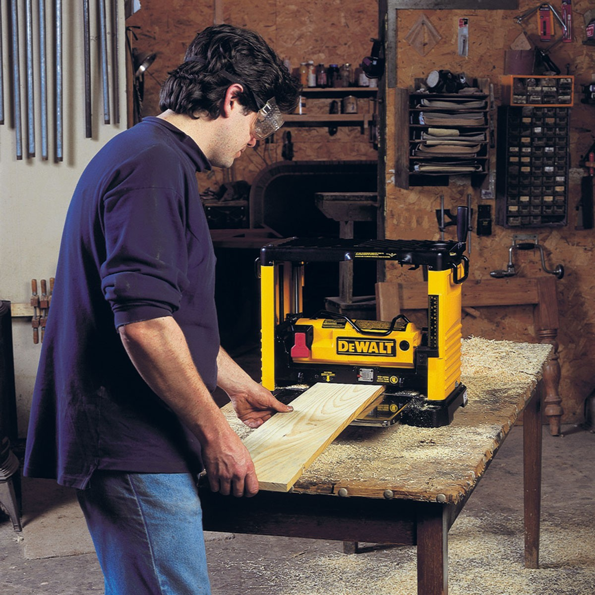 Dewalt Dust Extractor >> DeWalt DW733 Portable Thicknesser Planer 240v 1800W ...
